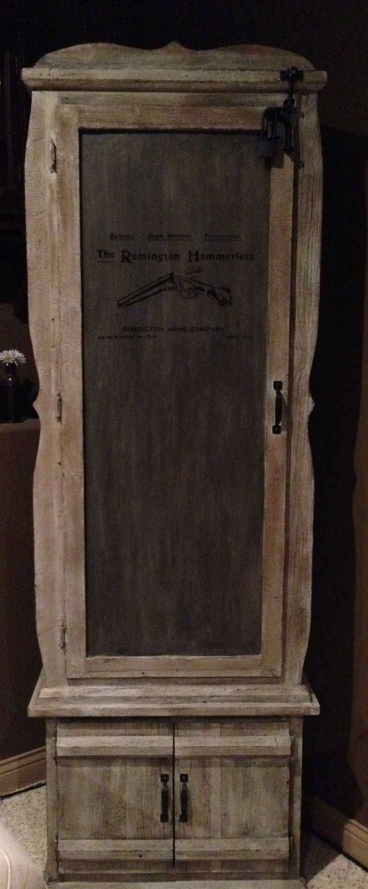 Luxury Gun Cabinet with Glass Door