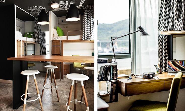 У каждого постояльца есть свой собственный рабочий стол. Барная стойка в центре комнаты является своеобразным общим пространством.  (спальня,дизайн спальни,интерьер спальни,домашний офис,офис,мастерская,квартиры,апартаменты,мебель,интерьер,дизайн интерьера,современный,минимализм) .