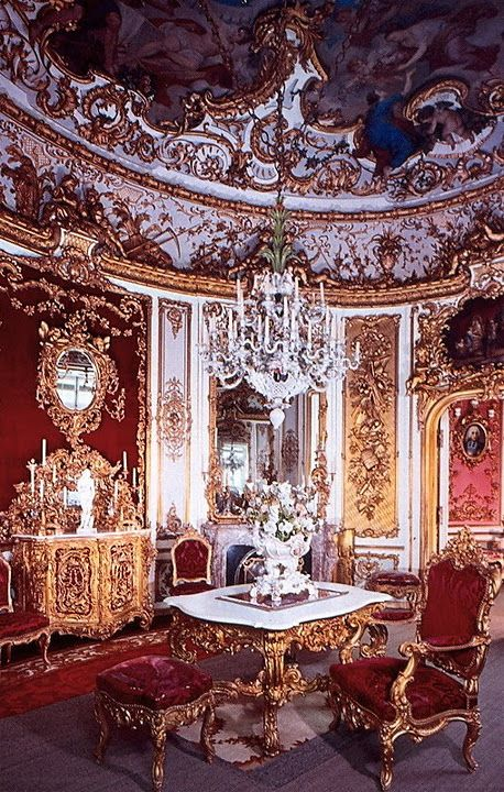 From the chairs to the mirrors everything in this image screams excess and an urge to prove something.