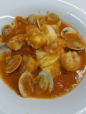 Cocina Basica y Fresca: MERLUZA EN SALSA CON ALMEJAS Y GAMBAS CBF@