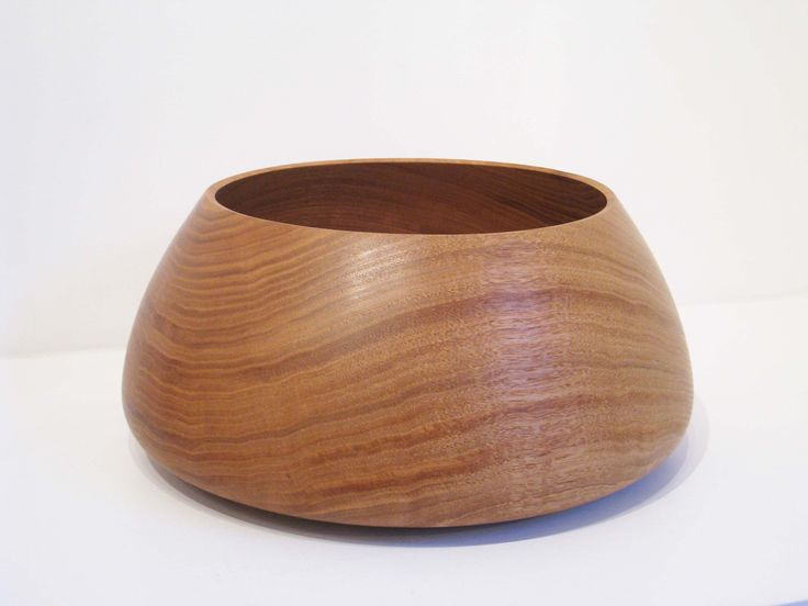 Adrian Mitchell, large turned chestnut vessel | Quercus Gallery