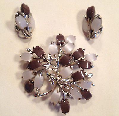 Vintage jewelry coro