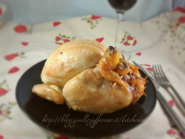 pollo ripieno, una ricetta ideata per il pranzo di natale per rendere il secondo sfizioso con una ricetta non troppo elaborata