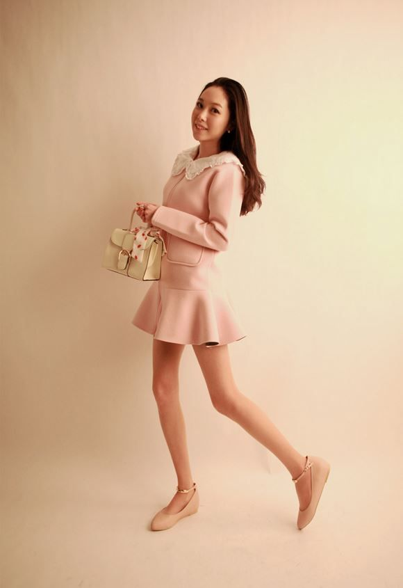 Korea feminine clothing Store [SOIR] Pudding Zip up / Size : FREE / Price : 56.68USD #korea #fashion #style #fashionshop #soir #feminine  #special #jacket #Casual #lovely