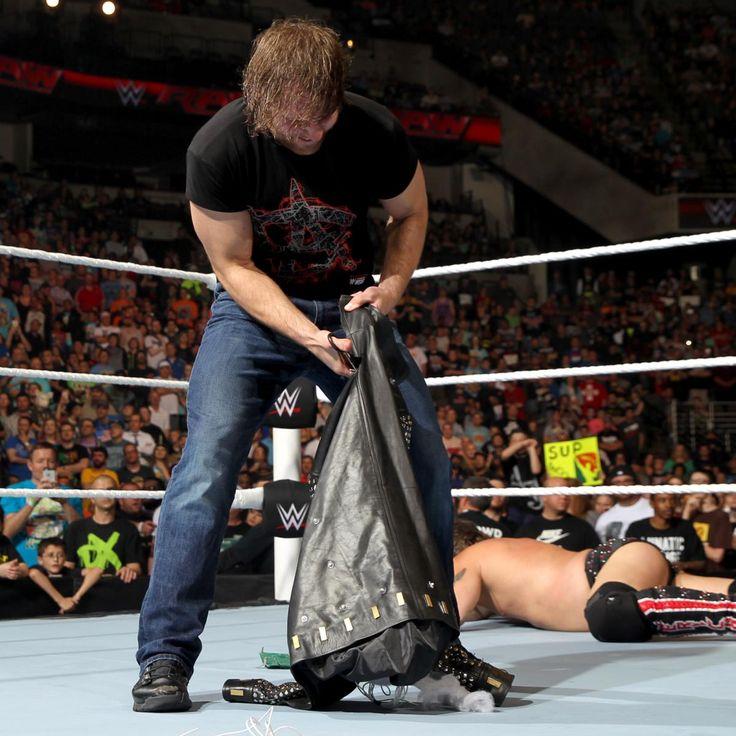 Raw 5/9/16: Dean Ambrose destroys Chris Jericho's jacket