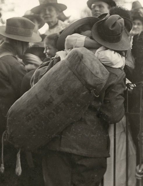 WWI. 'A final loving farewell' 3149 Private Desmond Morris, 2nd Pioneer Battalion, a former sawmill hand of West Warburton, Victoria about to embark from Melbourne on 23 November 1916. On 20 September 1917 he was killed in action and has no known grave; he is commemorated on the Menin Gate, Ypres. Photo: Sydney Morning Herald and Sydney Mail.