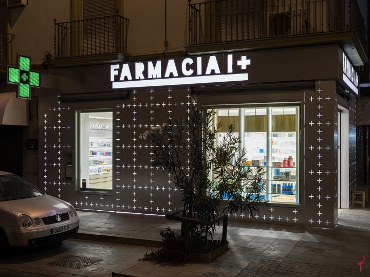 I+ Pharmacy by Marketing-Jazz, Sevilla – Spain » Retail Design Blog