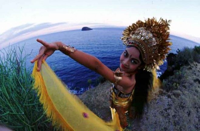 Gadis Cantik Perawan dari Bali