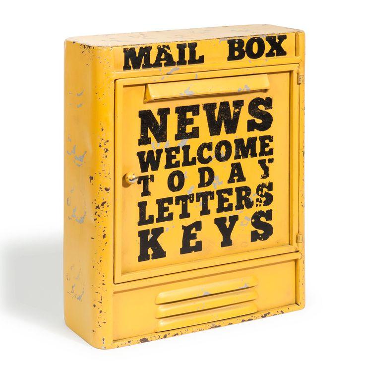 Gele metalen MAIL BOX sleuteldoos H 36 cm