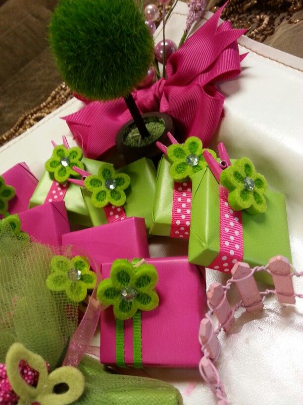 Tray Decoration For Baby Girl Fascinating Newborn Favors Baby Girl Hot Pink And Pistachio Colors  Chocolate Inspiration