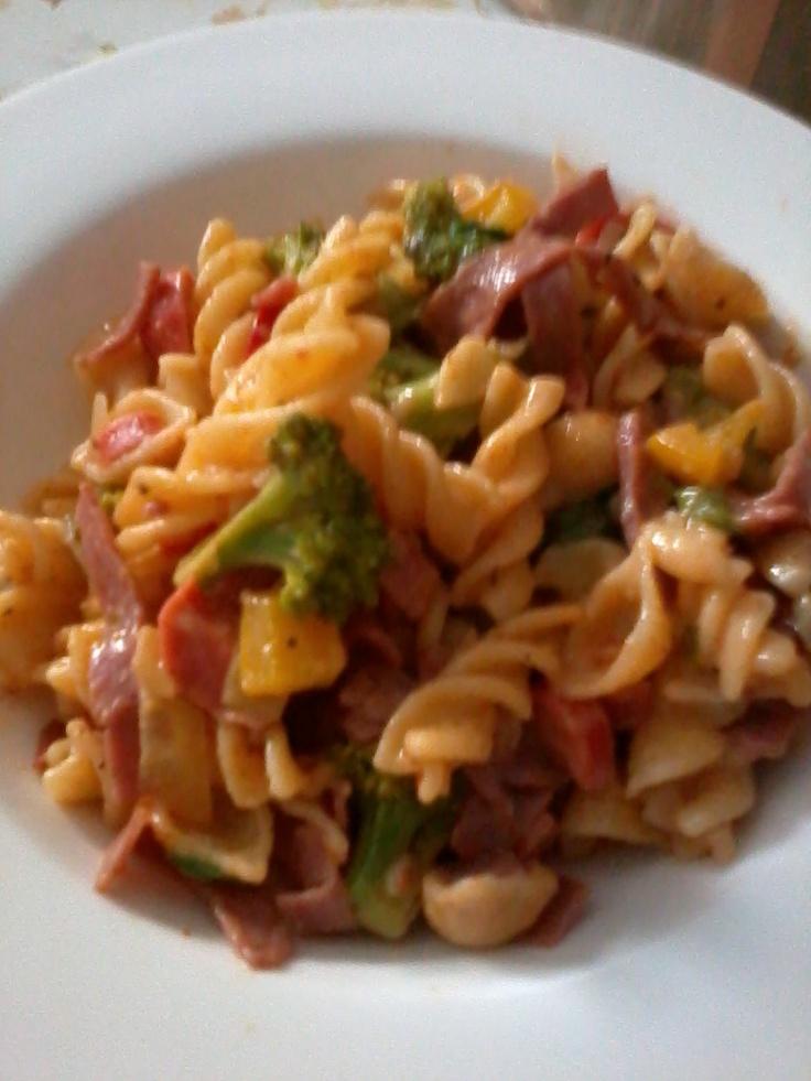 Fusilli With Broccoli & Smoke Beef
