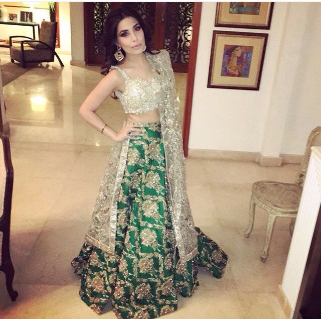 1000+ Ideas About Mehndi Outfit On Pinterest