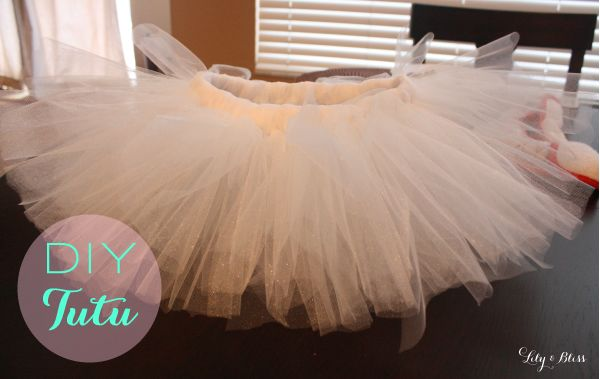 DIY tutu simple tutorial! Can't wait to make one in every color!