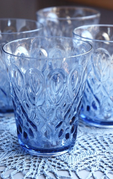 beautiful blue water glasses!