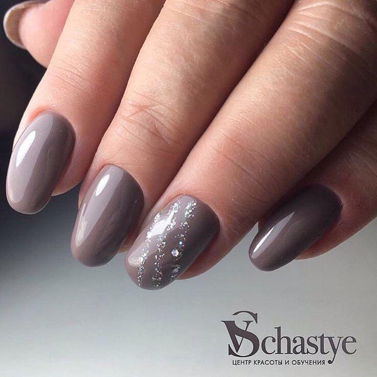 Glossy nails, Grey nails ideas, Ideas of winter nails, Medium nails, Nail art stripes, Nails ideas 2017, Nails trends 2017, Plain nails