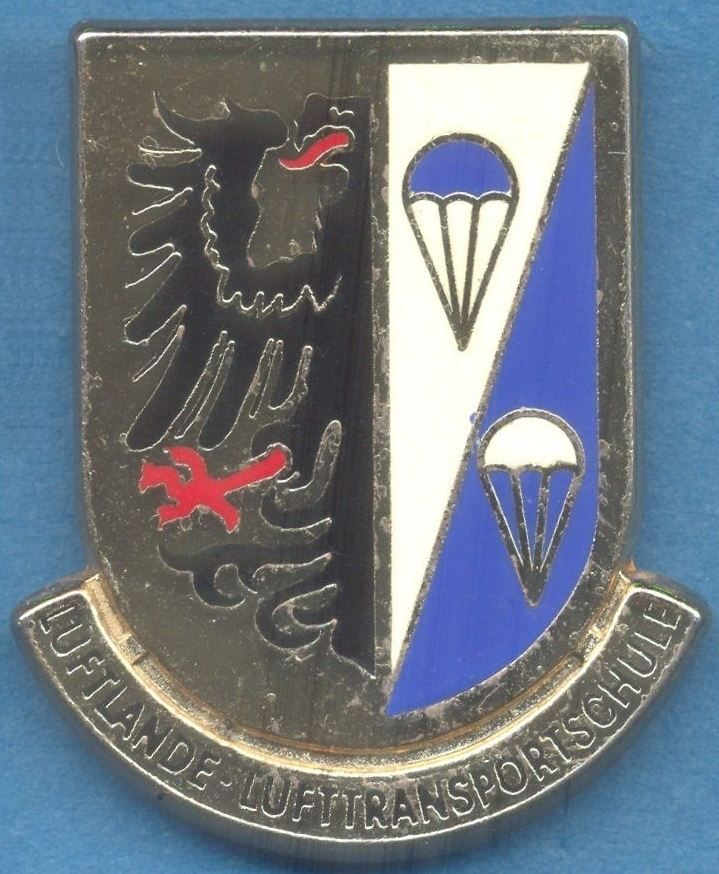GERMANY Bundeswehr - Airborne and Air Supply School pocket badge, parachute para
