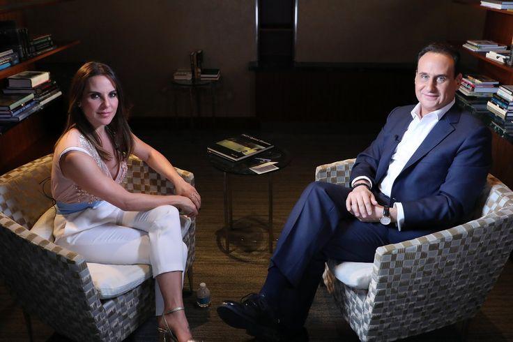 La famosa actriz mexicana Kate del Castillo ofreció una reveladora entrevista al presentador de Noticias Telemundo, José Díaz-Balart.