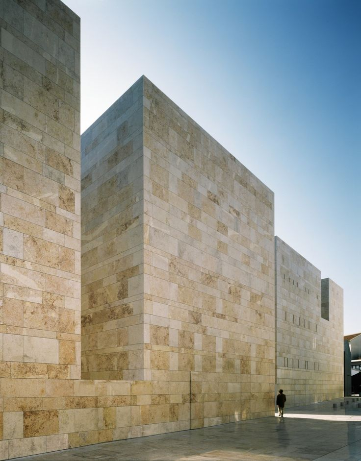 Gallery of Sines Center for the Arts / Aires Mateus - 1