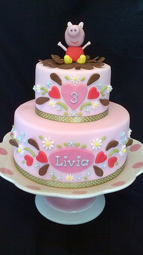 I'm in love this is going to be my baby girls 1st Birthday cake - PEPPA PIG BIRTHDAY CAKE by Julia Hardy Cakes, via Flickr