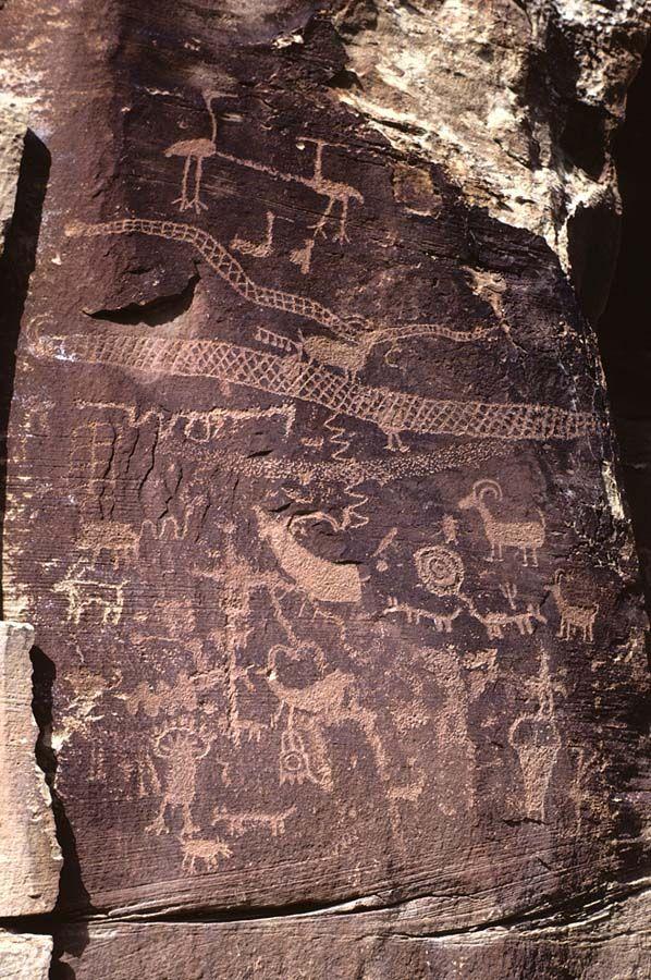 Nine Mile Canyon, Utah/Petroglyph #Petroglyph [ ModernCavePaintings.com ]
