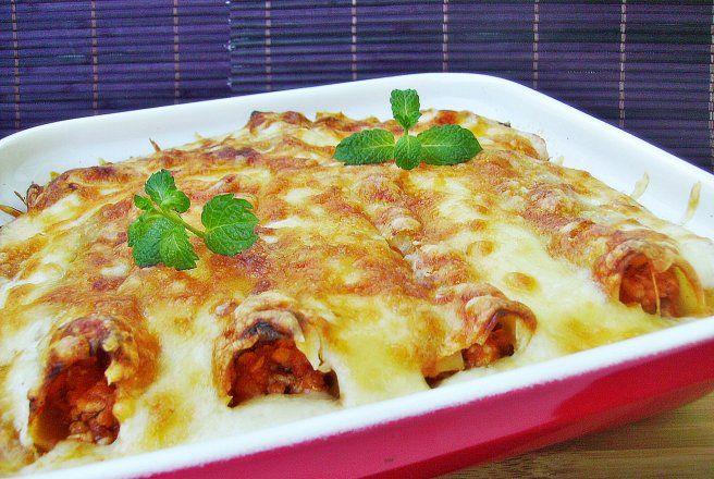 Retete Culinare - Cannelloni cu carne de pui