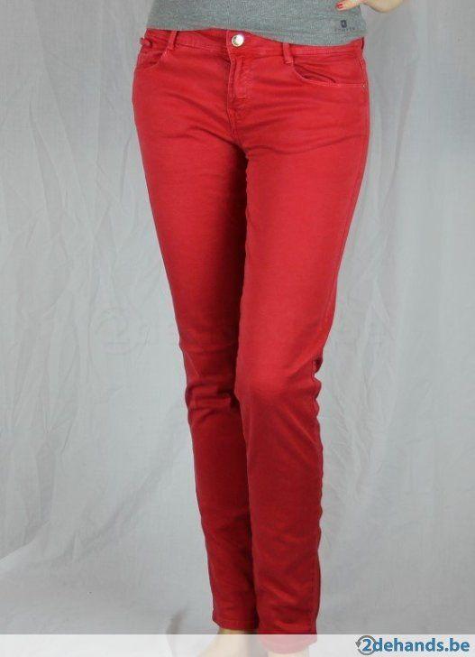 Rode broek van Zara - Maat 42