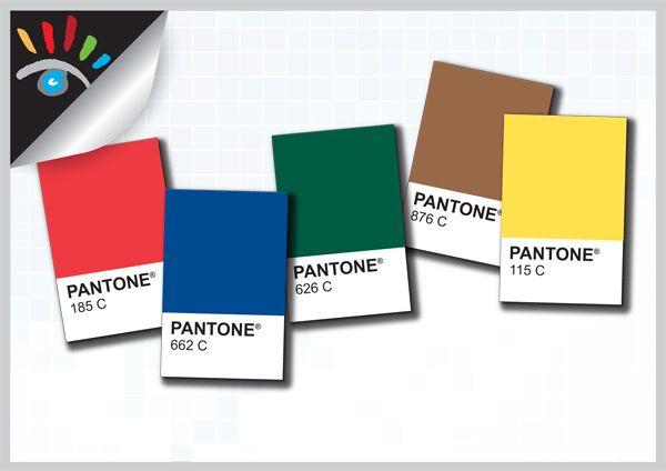 Wat zijn Pantone PMS kleuren. Pantone is de naam van een bedrijf dat kleurcoderingen publiceert (Pantone Matching System), deze geeft aan dat het reproduceren van een bepaalde kleur een belangrijke doelstelling is. Dit is een eenduidige afspraak tussen alle partijen in een ontwerp- en productieproces. Het PMS systeem bestaat uit 15 basiskleuren die een eigen naam hebben en daarnaast ongeveer 1000 kleuren die alleen met een code aangeduid worden.