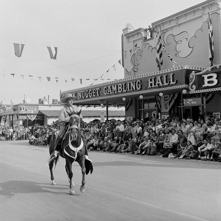 June 22, 1952: Gen. Dwight Eisenhower rides down Fremont St during the Republican primary campaign. (AP) June 26, 1951.