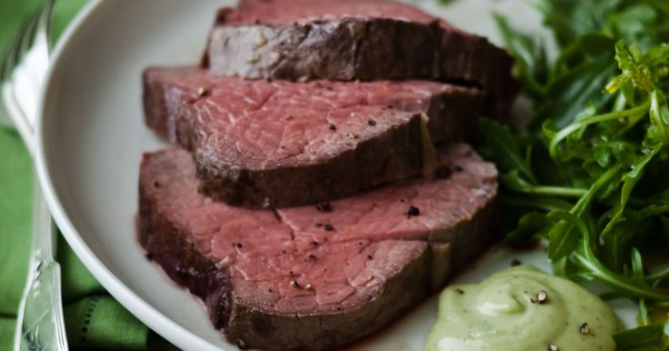how to cook a 9 pound beef tenderloin