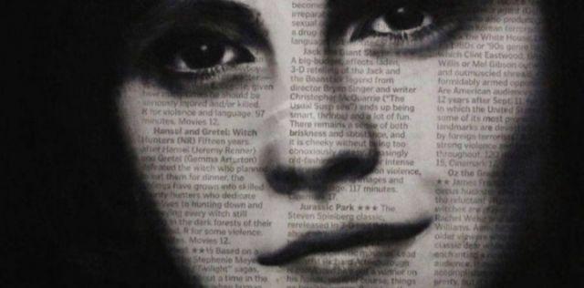 l´artista Michael Cross dipinge dei ritratti di celebrità come Ryan Gosling, Katy Perry e Adele su carta di giornale! #spytwins #spygossip #art #photography #adele #ryangosling #katyperry