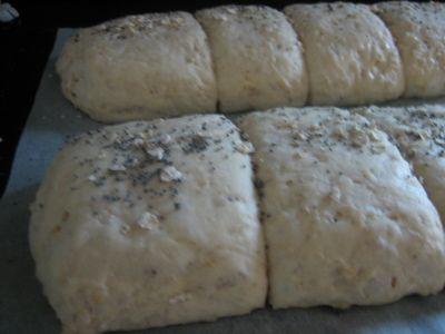 Jeg elsker havregryn! Havregryn er kornets vinner!Den kan brukes i altfra frokostblandingtil pizz...
