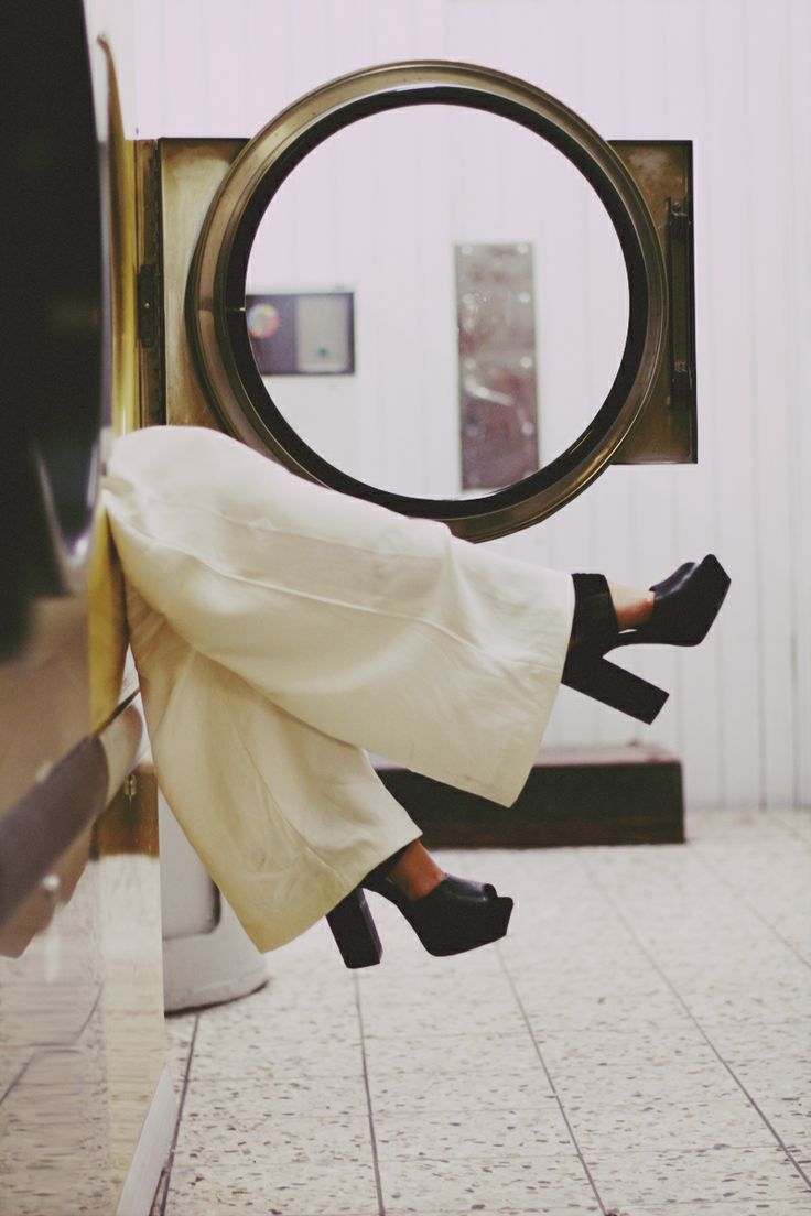 laundromat chic love the contrast between the chunky shoes and the billowing white pants