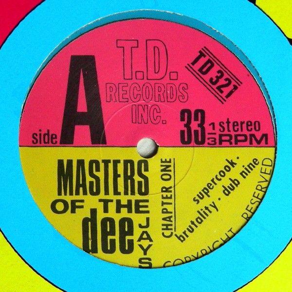 Edizione originale 1990. No ristampa.<br />Ep contenente 6 Tracce<br />Lato A: Supercook - Brutality - Dub Nine<br />Lato B: Coul'd Get Arrested - Imninalù - Jack