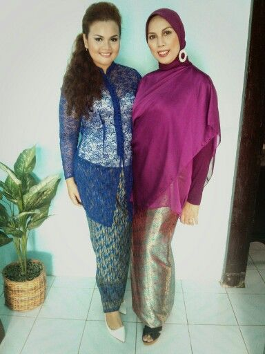 Wearing #kebaya with my mother