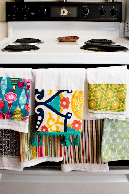 Tea towels embellished with fabric - easy!