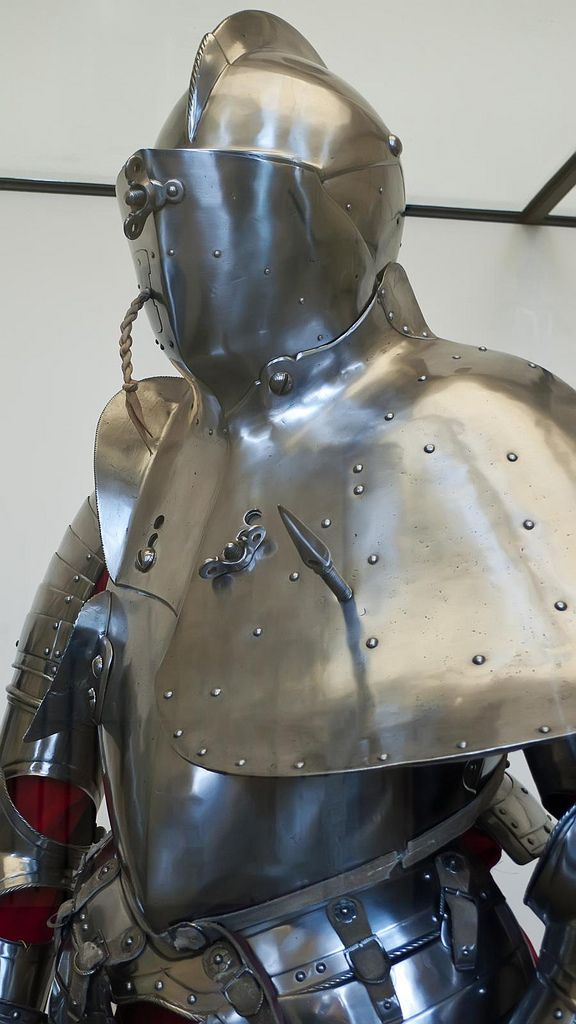 Armor commissioned by Prince Elector Augustus of Saxony for use in the German joust of war 1575 CE Steel (4)