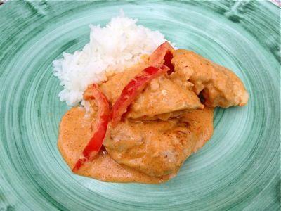 Kyckling med röd curry och krämig sås | Monika Ahlbergs Mat | Allt om mat blogg