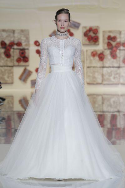 Vestidos de novia cuello redondo 2017: Un diseño que no pasa de moda Image: 19