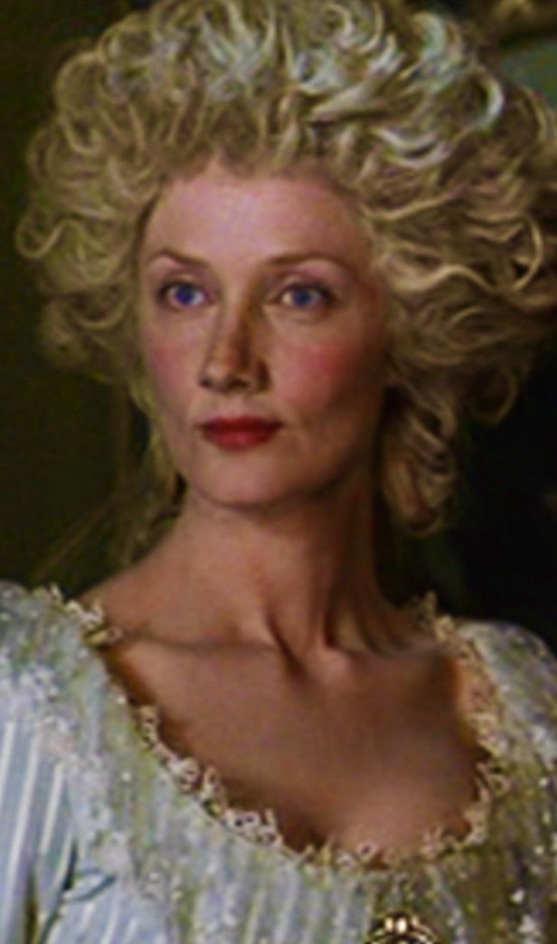 Joely Richardson as Marie Antoinette (1786 version) in 'The Affair of the Necklace' (2001). Definitely one of the closest physical resemblances to the Queen, a dignified, haughty, slightly ethereal portrait of the Queen of France.