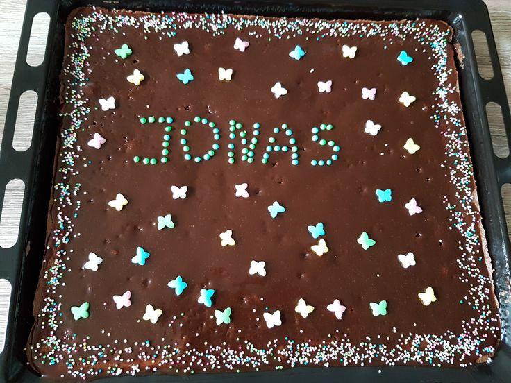Schokoladentraum-Blechkuchen, ein schmackhaftes Rezept aus der Kategorie Kuchen. Bewertungen: 336. Durchschnitt: Ø 4,6.