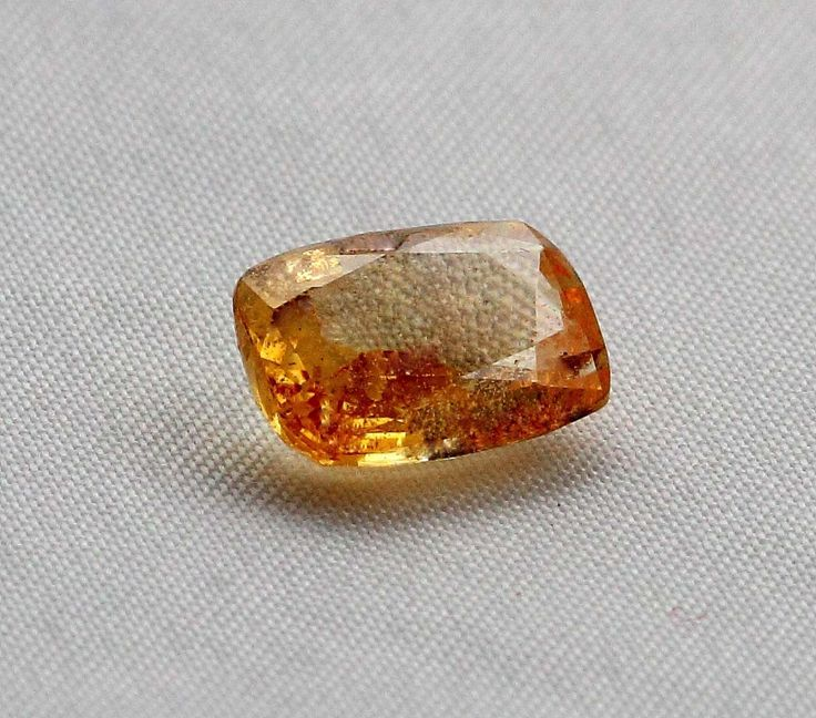 Ceylon Padparadscha Orangish Yellow Sapphire Natural Ceylon Gemstone 3.47 Carat | AstroKapoor.com | Padparadscha Orangish Yellow gemstone price in India | Padparadscha Orangish Yellow gemstone price in Delhi | Buy Loose Padparadscha gemstone in wholesale prices.
