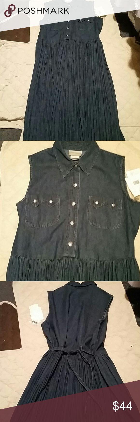 FINAL SALE!!! NWT Coldwater Creek dress size 8 New with tags Coldwater Creek dress size 8 100% cotton Coldwater Creek Dresses Maxi