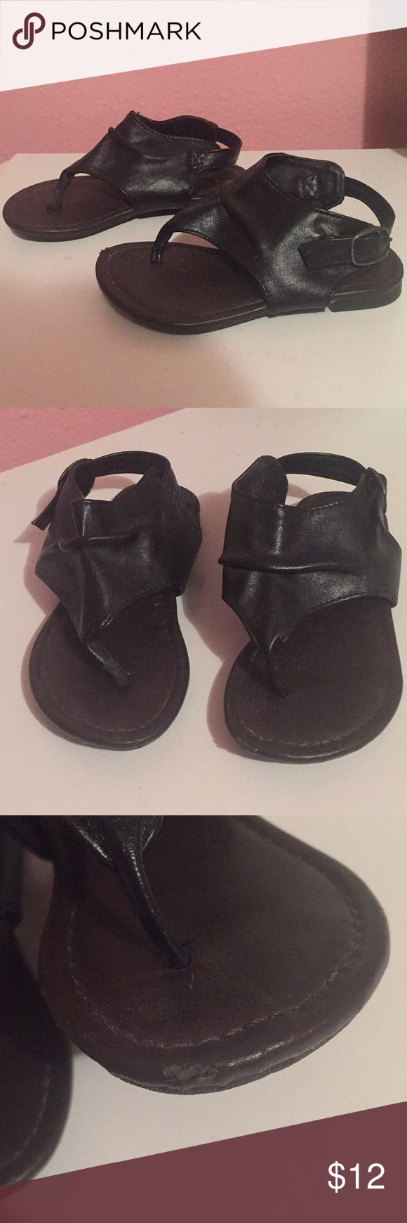 Toddler Black Sandals Other than the mark shown in picture it's in good condition  Size 7 Max & Co. Shoes Sandals & Flip Flops
