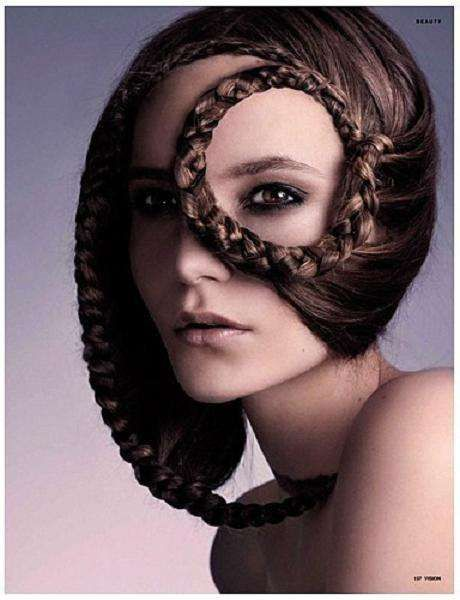 Whip Ponytails: Paco Peregrin's 'Fresh' Features Tied-Up Hairstyles