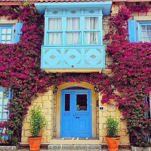 Alaçatı, Çeşme, İzmir, Türkiye Turkey Alaçatı'nın birbirinden güzel küçük ve butik otellerini bloğumuzda bulabilirsiniz. www.kucukoteller.com.tr/alacati-otelleri.html You can find the charming small and boutique hotels on this website www.boutiquesmallhotels.com/Turkey-hotels-alacati-hotels-surf-travel.html
