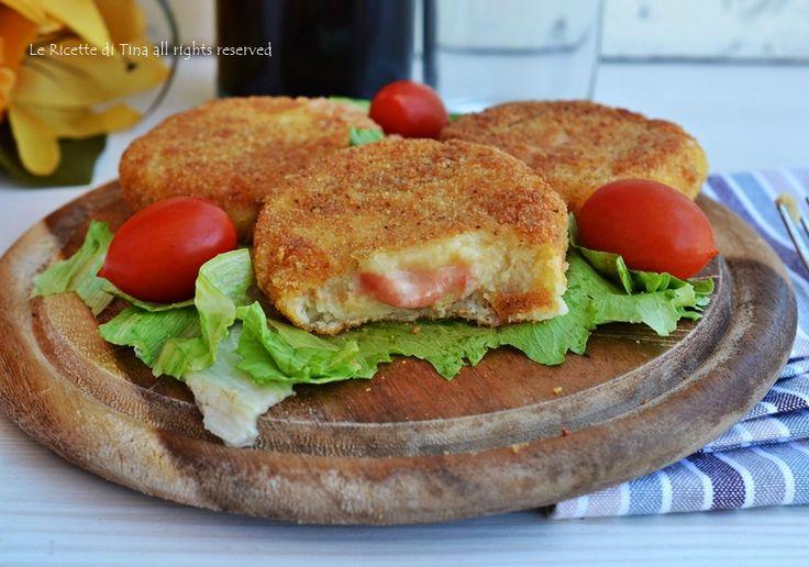 Cotolette di patate con pomodoro e mozzarella