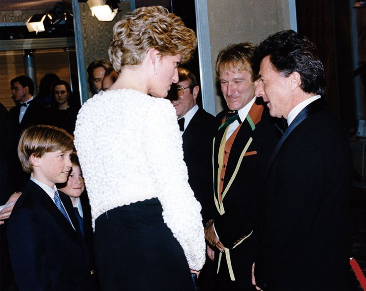 Diana, William, Harry meet Robin Williams and Dustin Hoffman at premiere of Hook.