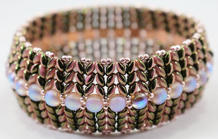 BeadSmith Project SuperDuo Honeycomb Bangle by Katie Dean