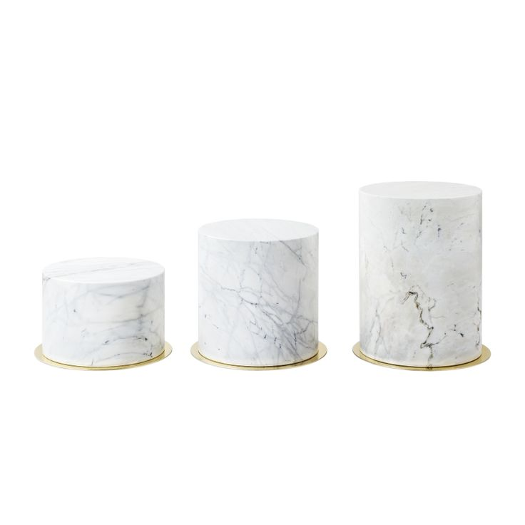 SEXTO TABLE CARRARA / GOLD #BrahmansHome #BrahmansFiveElements #Brahmans #coffetable #table #carrara #marble #gold #metal #stone #design #interiordesign #interiors #luxury #furniture #home #inspirations