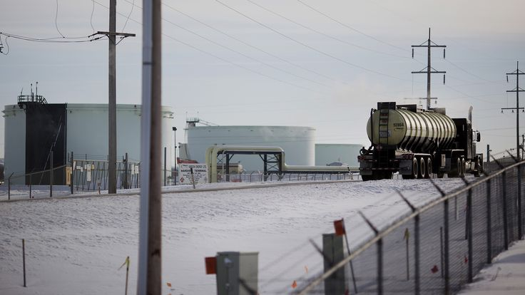 TransCanada Files $15B Nafta Claim on Keystone XL Rejection - Bloomberg TransCanada Corp. is seeking to recoup $15 billion for the Obama administration's rejection of the Keystone XL oil pipeline, in a legal claim that highlights how foreign companies can use trade deals to challenge U.S. policy.